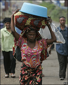 Congolese displaced woman in Goma, 30 October 2008