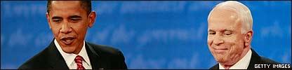 Barack Obama (izq) y John McCain.