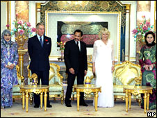 L-R: Queen Hajah Saleha, Prince Charles, Sultan of Brunei Hassanal Bolkiah, center, the Duchess of Cornwall, Queen Azrinaz Mazhar