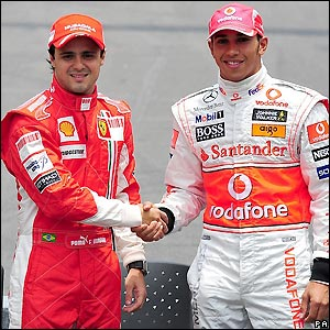 Massa and Hamilton shake hands