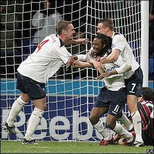 Bolton celebrate Gardner's goal