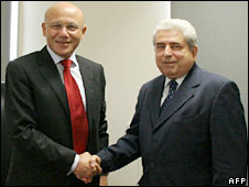 Turkish Cypriot leader Mehmet Ali Talat (left) and Cypriot President Demetris Christofias. Photo: 3 November 2008