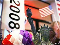 Статуя свободы и флаг США