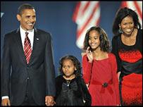 Barack Obama con su familia.