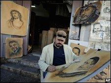 A Ramallah portrait artist draws Barack Obama