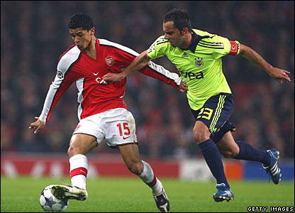 Denilson (Arsenal), Semih Senturk (Fenerbahce)