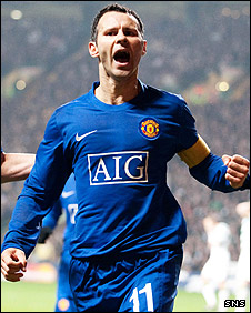 Ryan Giggs celebrates scoring his late headed equaliser