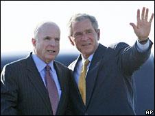 John McCain and George W Bush in Arizona, May 2008