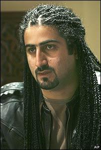Omar bin Laden en entrevista con AP en enero de 2008