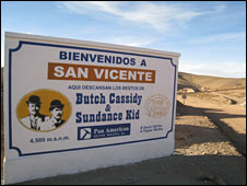 A welcome sign in San Vicente
