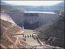 Katse dam in Lesotho: building the dam involved billions of dollars in construction contracts.