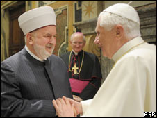 Pope Benedict XVI (left) and Grand Mufti of Bosnia Mustafa Ceric in Rome