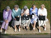 Grupo de ancianas
