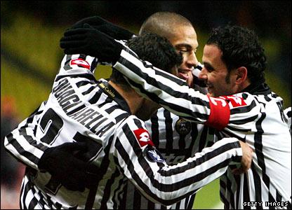 Fabio Quagliarella and Udinese team-mates