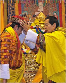 Jigme Khesar Namgyel is crowned by his father