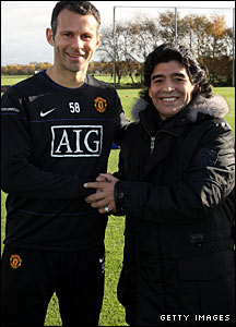 Next in line to meet El Diego is United's own legendary forward, Ryan Giggs