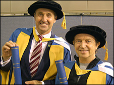 ITN's Mark Austin (l) and Andy Summers of The Police