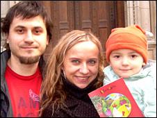 Leszek, Dagmara and Mia Paduszynski
