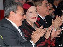 El presidente de Cuba, Ra�l Castro, y la directora del Ballet Nacional de Cuba, Alicia Alonso.