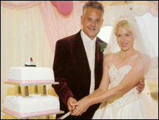 Derek and his wife had a wedding cake with the QE2 on top