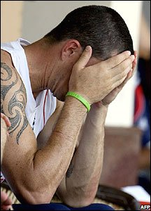 Kevin Pietersen can't look at his players