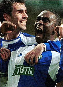 Keith Gillespie and Andrew Cole at Blackburn