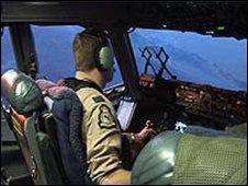 Cockpit C 17 cargo plane