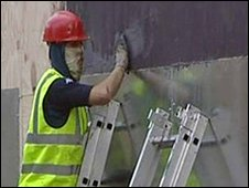 Contractor covers up for anonymity