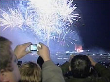 Crowds watch the QE2 fireworks