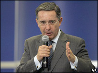 �lvaro Uribe