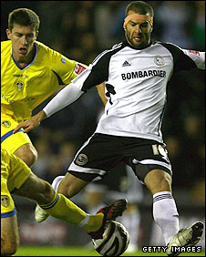 Emanuel Villa tries to win the ball against Leeds on Tuesday night