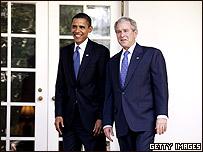 Barack Obama y George W. Bush