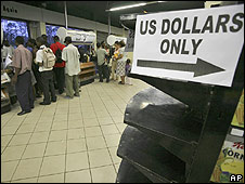 People queuing to pay in a Zimbabwean supermarket