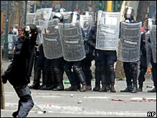 Riots in Genoa in 2001