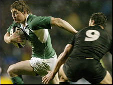 Brian O'Driscoll in action against the All Blacks