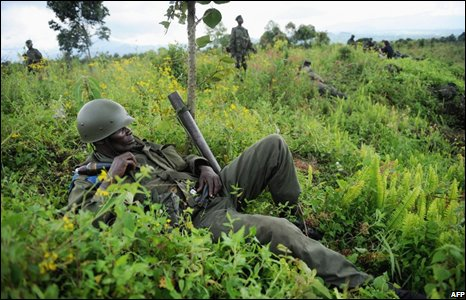 Congolese soldiers man the front line