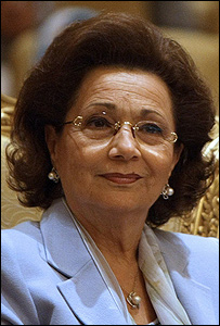 زوجة الرئيس المصري سوزان مبارك في أبوظبي 11-11-2008