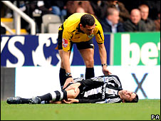 Joey Barton and referee Andre Marriner