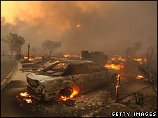 Charred remains of the Oakridge mobile home park in California (15 November 2008)