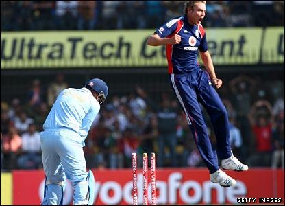 Stuart Broad jumps for joy after bowling Virender Sehwag