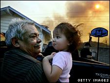 Armando Gastino holds his grandaughter, Julianna, in Diamond Bar (16 November 2008)