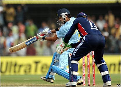 Gautam Gambhir on his way to scoring 70