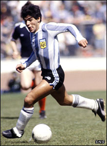 Diego Maradona in full flow at Hampden