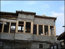 Old building undergoing restoration in Damascus