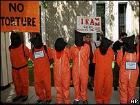 Protesta en Denver, Colorado, a favor del cierre de Guant�namo.