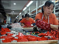 Workers making tape measures in Yuyao