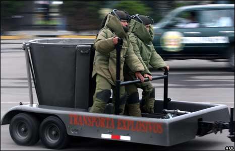 Peruvian bomb squad members in training