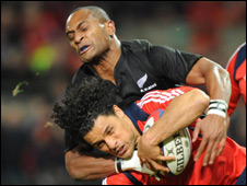 Munster's Doug Howlett and Joe Rokocoko