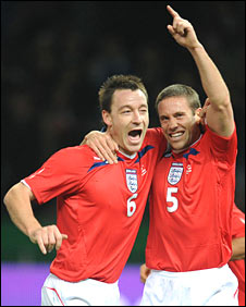 Matthew Upson (right) and John Terry