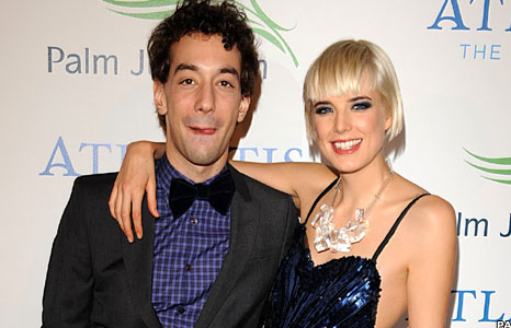 Albert Hammond Jr and Agyness Deyn